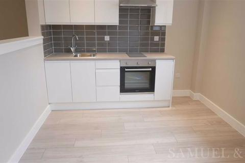 Studio to rent - Bath Street, Walsall
