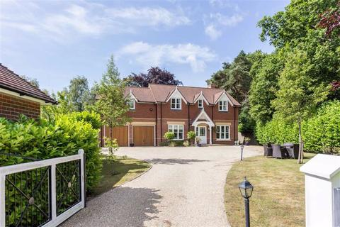 5 bedroom detached house for sale - Central Avenue, Wimborne, Dorset