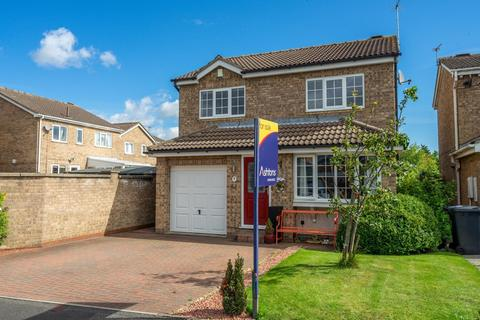 4 bedroom detached house for sale - Gouthwaite Close, Clifton Moor, York