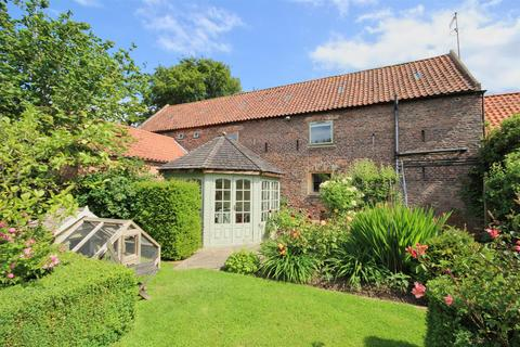 6 bedroom barn conversion for sale - Highgate, Cherry Burton, Beverley