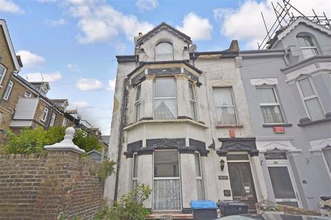 5 bedroom semi-detached house for sale - Albert Road, Ramsgate, Kent