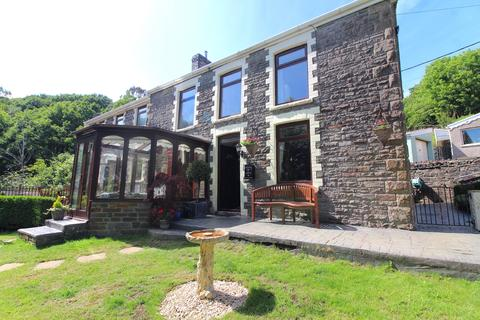 4 bedroom detached house for sale - Heol Las, Pontardawe, Swansea