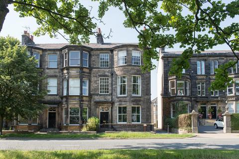 5 bedroom semi-detached house for sale - York Place, Harrogate, North Yorkshire, HG1