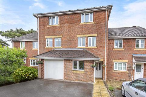 4 bedroom terraced house for sale - Beckett Road, Andover