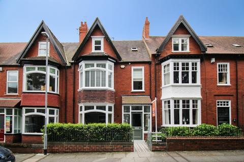 6 bedroom terraced house for sale - Beechwood Avenue, Darlington, DL3