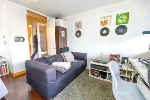3 bedroom apartment to rent - Courtlands, Ashton Rise, Brighton, East Sussex, BN2