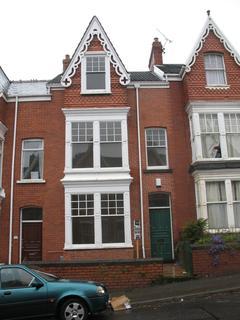 6 bedroom terraced house to rent - 26 Bernard Street
