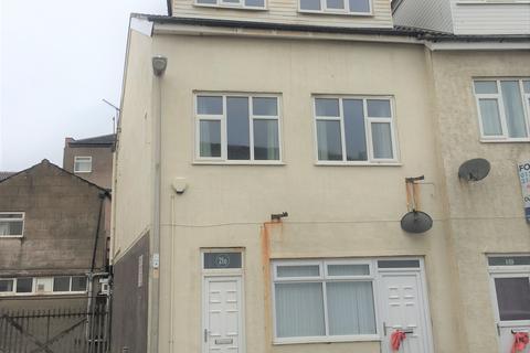 3 bedroom maisonette to rent - Bolton Street FY1