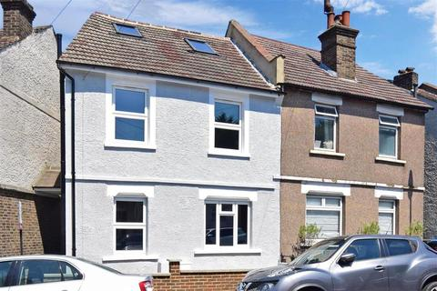 3 bedroom semi-detached house for sale - Bynes Road, South Croydon, Surrey