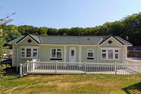 2 bedroom park home for sale - Datchworth Hertfordshire