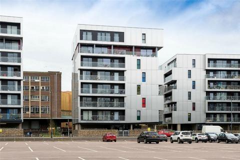 3 bedroom flat for sale - Robinson Bank, Geoffrey Watling Way, Norwich, Norfolk