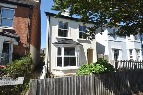 3 bedroom house for sale - Park Road, Hythe