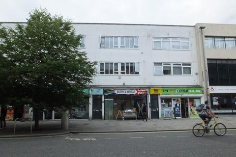 2 bedroom apartment to rent - High Street, Southampton