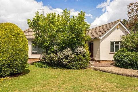 4 bedroom detached bungalow for sale - Albert Drive, Cheltenham, Gloucestershire, GL52