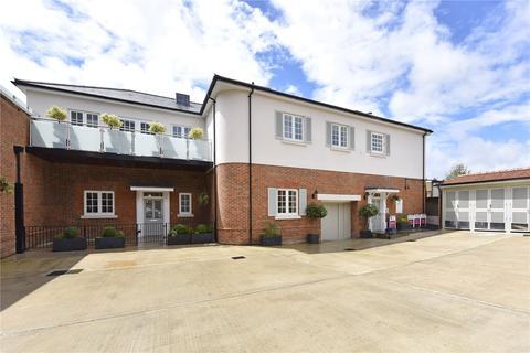2 bedroom flat to rent - The Courtyard, Dean Street, Marlow, Buckinghamshire, SL7