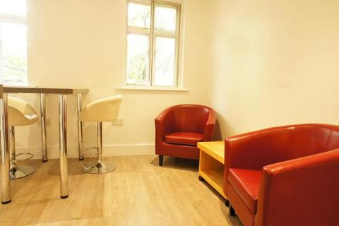 2 bedroom flat to rent - Taylors Court, Newcastle Upon Tyne