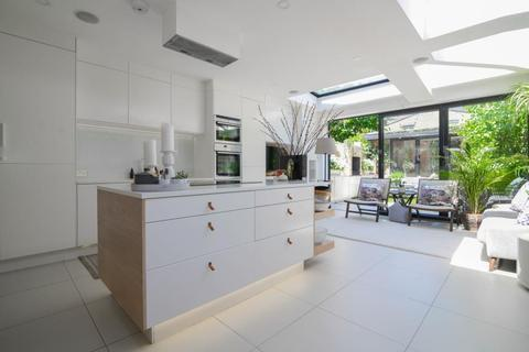 4 bedroom end of terrace house for sale - Reckitt Road, Chiswick W4