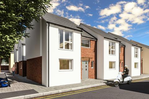 2 bedroom end of terrace house for sale - Columbia Street, Cheltenham GL52 2JR