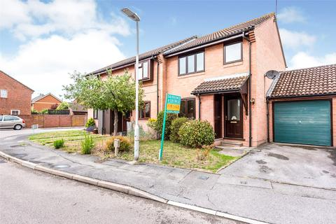 3 bedroom end of terrace house for sale - Alderfield Close, Theale, Reading, Berkshire, RG7