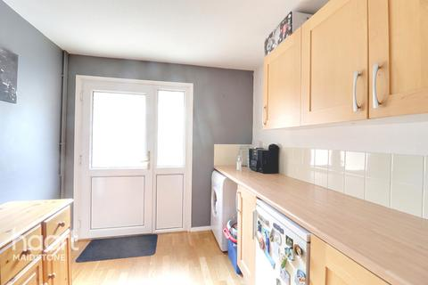 4 bedroom townhouse for sale - Reculver Walk, Maidstone