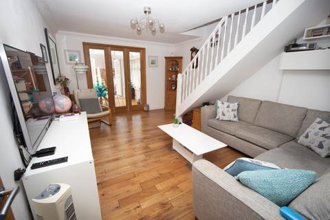2 bedroom terraced house for sale - Downlands Way, Rumney
