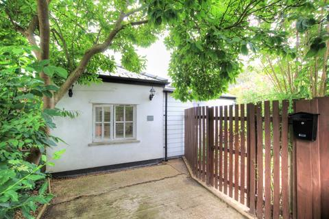 1 bedroom detached bungalow for sale - Rooks Street, Cottenham