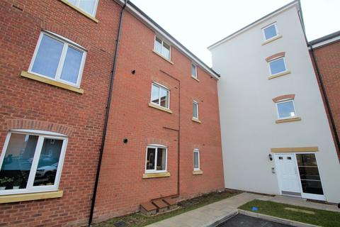 2 bedroom ground floor flat to rent - Anglian Way, Stoke Village, Coventry