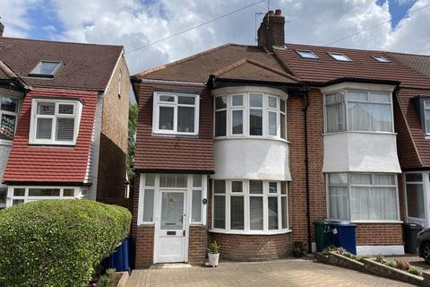 3 bedroom end of terrace house for sale - Church Hill Road, East Barnet,