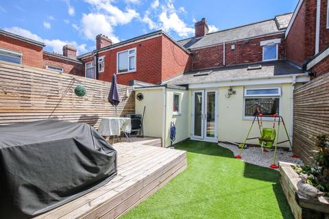 2 bedroom terraced house for sale - Park Terrace, West Moor, NE12