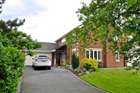 4 bedroom detached house to rent - St Catherine Drive, Hartford, Northwich, CW8