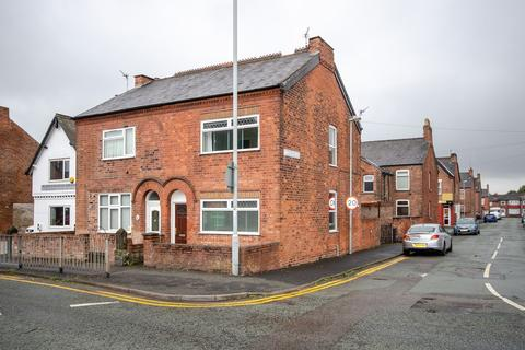 2 bedroom semi-detached house to rent - Middlewich Road, Northwich, CW9