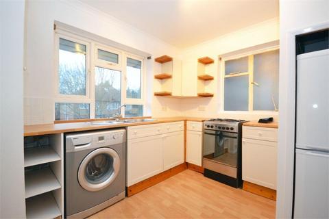 2 bedroom flat to rent - Stanleycroft Close, Isleworth