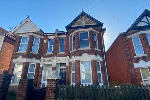 2 bedroom maisonette for sale - Cedar Road, Southampton, SO14