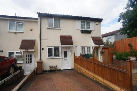 2 bedroom house for sale - Mapleton Road, London