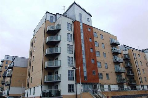 2 bedroom apartment to rent - Lyndon House, Queen Mary Avenue, South Woodford