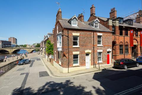 3 bedroom terraced house for sale - Lower Friargate, York