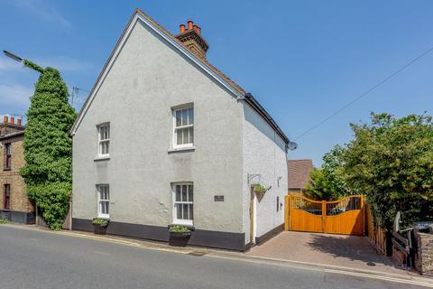 3 bedroom detached house for sale - Maldon Road, Great Baddow, Chelmsford