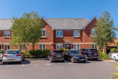 2 bedroom flat for sale - Dowsett Lane, Ramsden Heath, Billericay