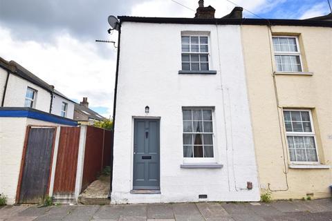 2 bedroom end of terrace house for sale - Kneller Road, Twickenham
