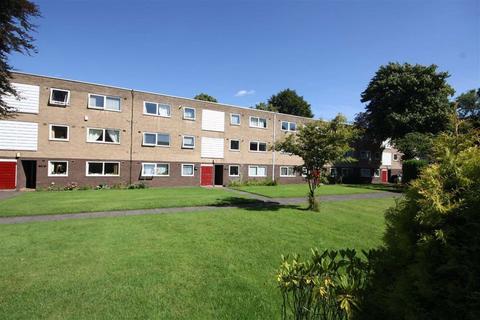 2 bedroom flat to rent - Cloverley, 108 Brooklands Road, Brooklands