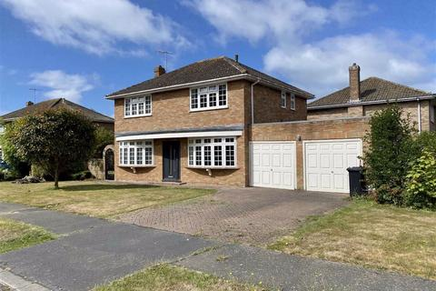 4 bedroom detached house for sale - Sandore Close, Seaford, East Sussex