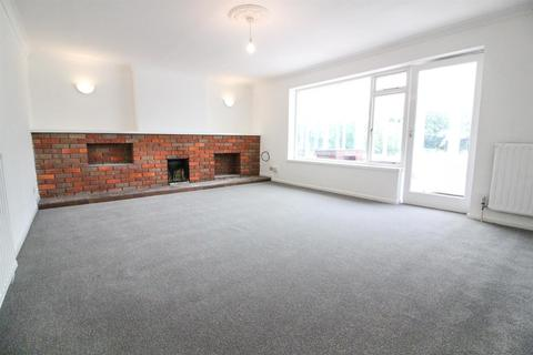 3 bedroom bungalow to rent - Whitchurch Lane, Aylesbury