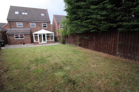 6 bedroom detached house for sale - Carnoustie Close, Ashington
