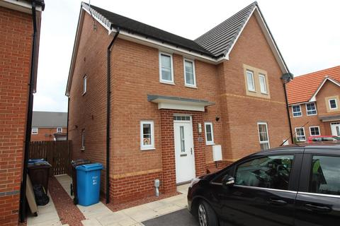 3 bedroom semi-detached house for sale - Reckitt Crescent, Hull