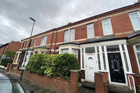 4 bedroom terraced house for sale - Morpeth Avenue, South Shields, Tyne and Wear, NE34 0SF