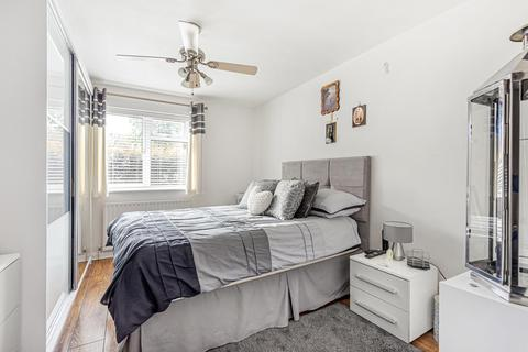 2 bedroom flat for sale - Knowles Hill Crescent, Hither Green