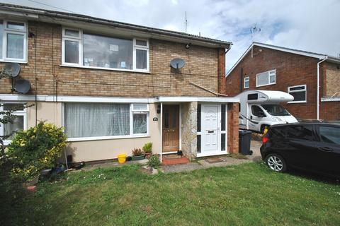 2 bedroom maisonette to rent - Kinross Crescent, Luton, LU3