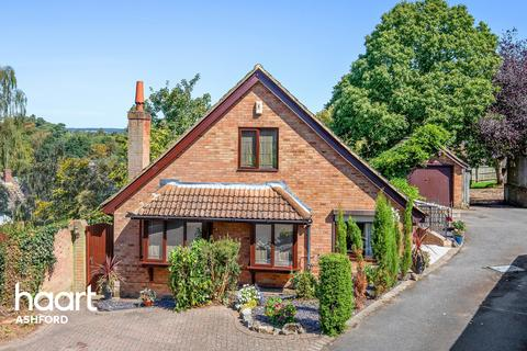 5 bedroom detached house for sale - The Weald, Ashford