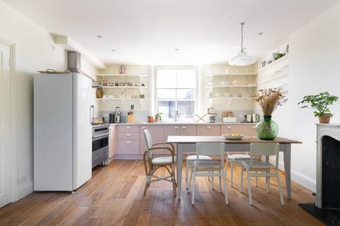 2 bedroom apartment to rent - St Charles Square, North Kensington, Kensington & Chelsea, W10
