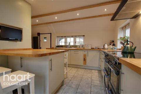 4 bedroom detached house to rent - North Colchester